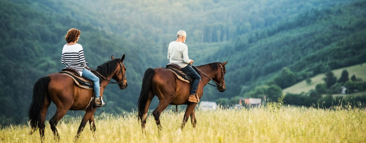 5 Breathtaking Horseback Riding Spots in Wyoming