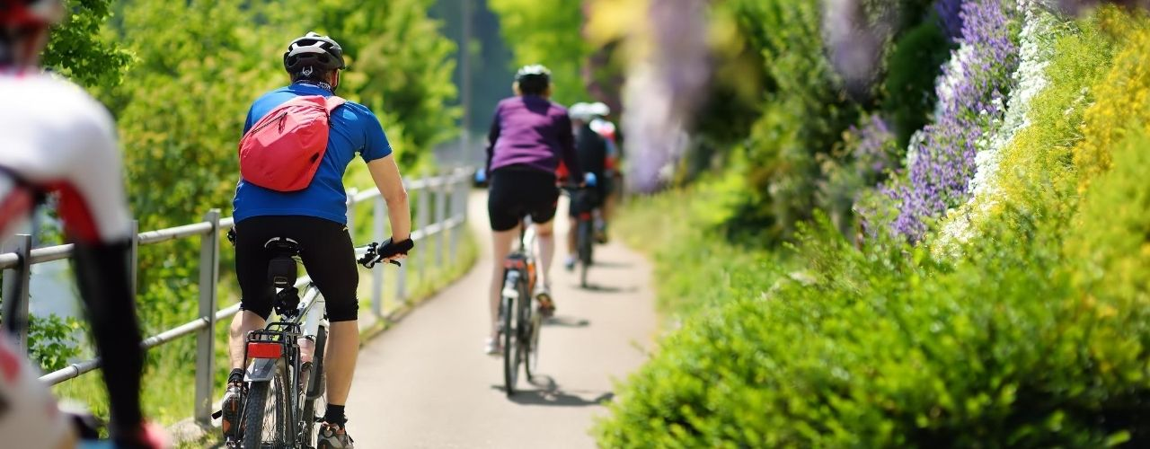 Tips for Riding Bicycles as a Group