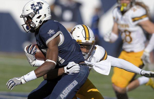 Wyoming rallies to 28-23 win over Utah State