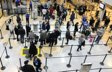 Thick fog cancels flights, causes travel delays at Salt Lake airport