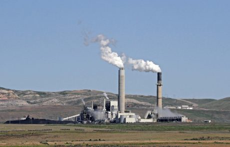 Governor pleased with plans to rescind Clean Power Plan