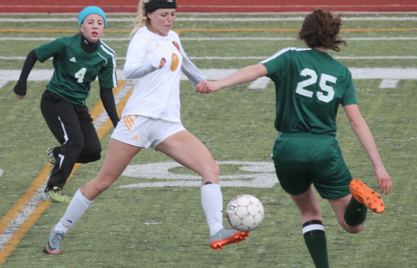 Star Valley soccer rolls past Pinedale