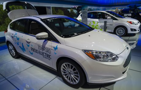 Peter Morici: Can US automakers win the race for future vehicle dominance?